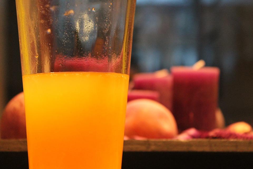 zumo-de-naranja_propiedades-y-curiosidades-sobre-la-naranja
